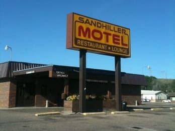 Sandhiller Motel and Restaurant